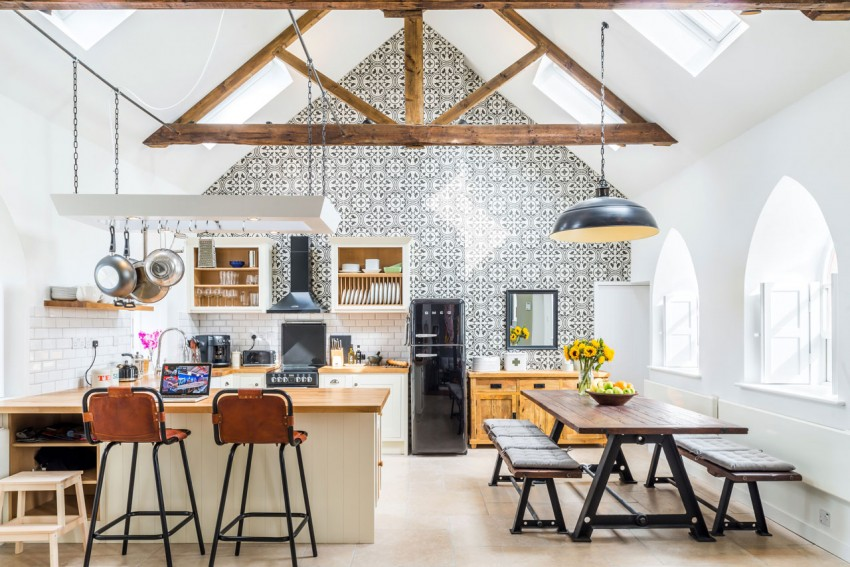 Update an Outdated Interior – Ideas to Make a classic Home Look New Again